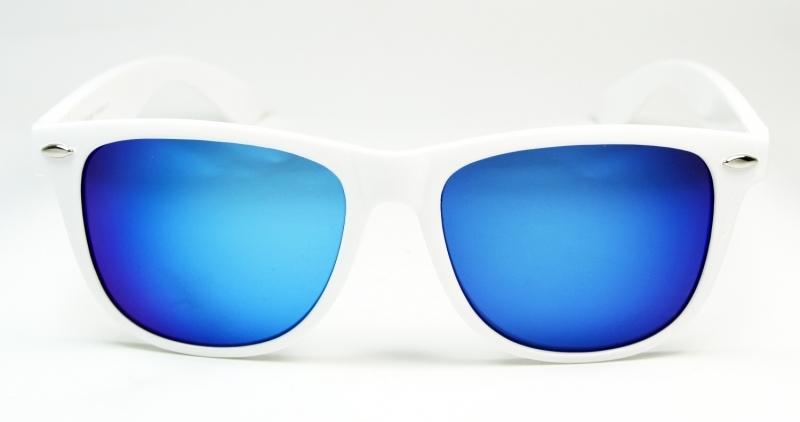 Vita wayfarer solglasögon oljeglas